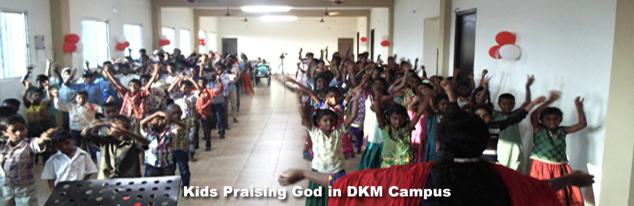 Kids Praising God in DKM Campus